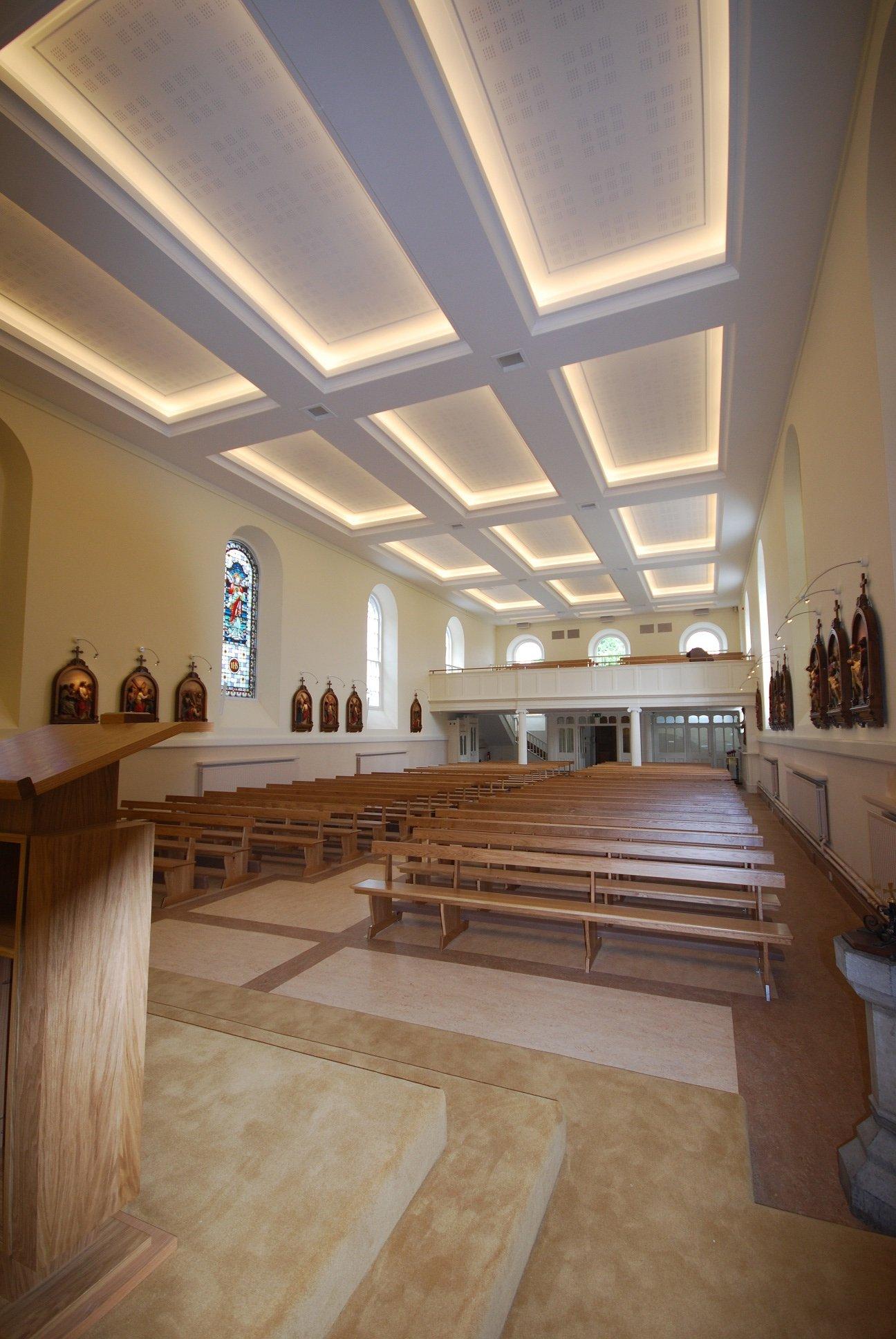 photo-004-church-furniture