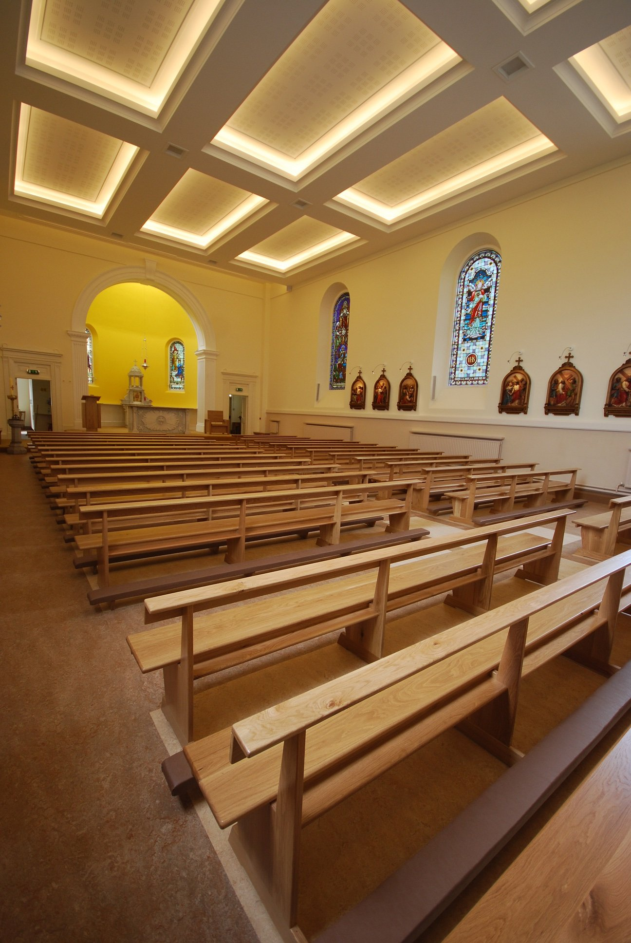 photo-005-church-furniture