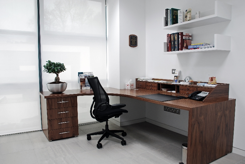Medical Consultation Desk